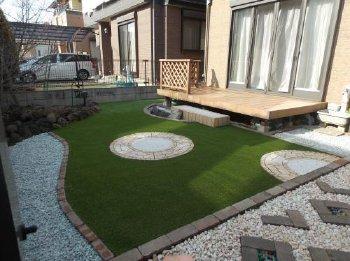 既存アイテムも活用しながら、とてもステキなお庭になりました!