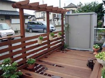 きちんと庭という空間ができ、以前より人通りが気にならなくなりました。
